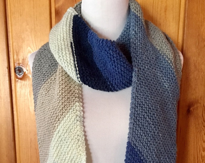Diagonal Stripes Scarf