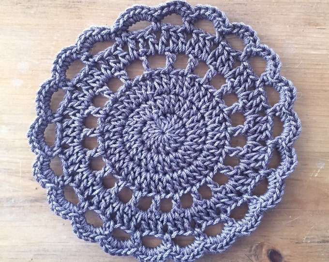 Crochet Trivet in Taupe, hotpad, pot holder