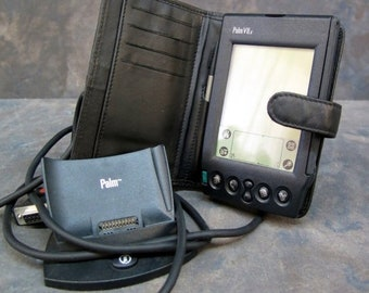 BTS Palm VIIx with case, stylist and docking station