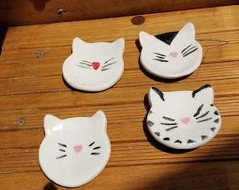 Sass /& Belle Ceramic White Cat Trinket Dish Jewellery Stand Coin Bowl Key Holder