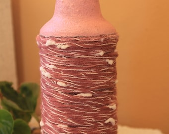 glass bottle with wool thread 0030
