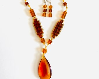 Amber Oval & Cubes Set