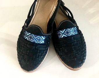 Negro con Mosaic Azul Huaraches