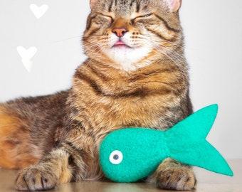 Catnip Toy. Cat toy. Catnip Fish. Aquamarine Tropical Fish. Valerian Option. Organic Catnip. Wool Felt Toy. Felt Cat Toy. Blue Cat Toy