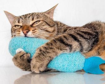 Cat Toys. Organic Catnip. Catnip Fish. Catnip Toy. Luxury Cat Toy. Blue Fish. Ice Blue. Catnip Kicker. Toys For Cats.
