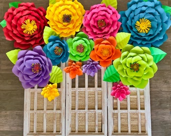 Tropical paper flowers, Fiesta Paper Flowers, Paper Flower Wall Decor, Hawaiian party, Colorful paper flower, aloha party, moana party decor