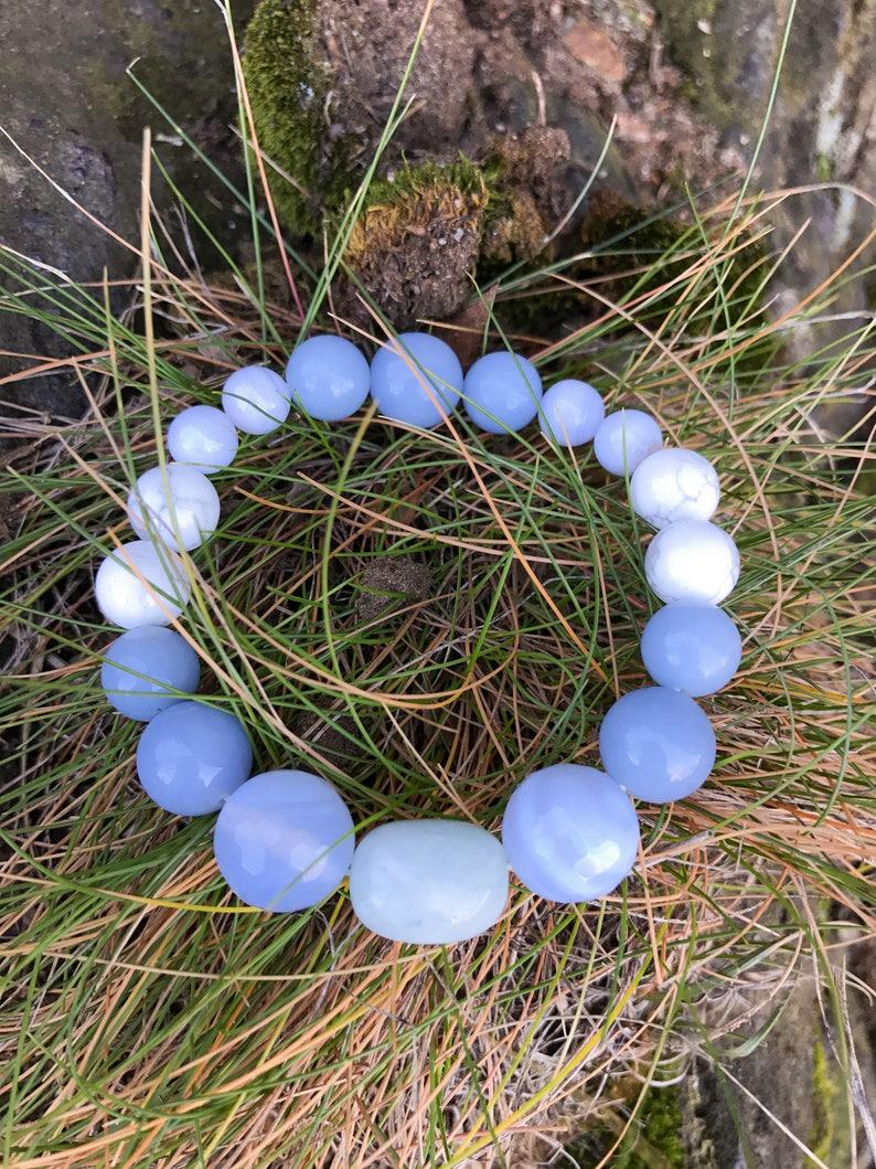 Wrist Mala. AngeliteAquamarineBlue Lace Agate Blue ChalcedonyHowlite Yoga Mala Beaded Bracelet Healing Natural Gemstone Bracelet