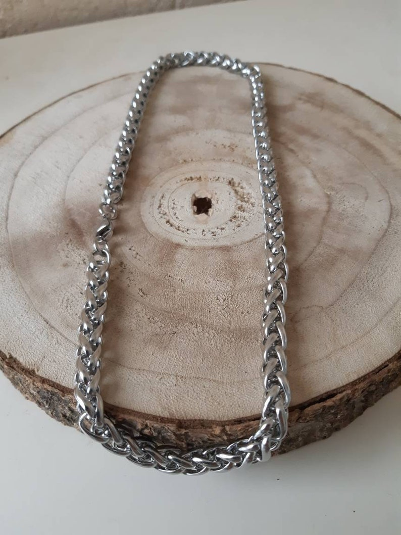 Chain with a key cabochon tree of life