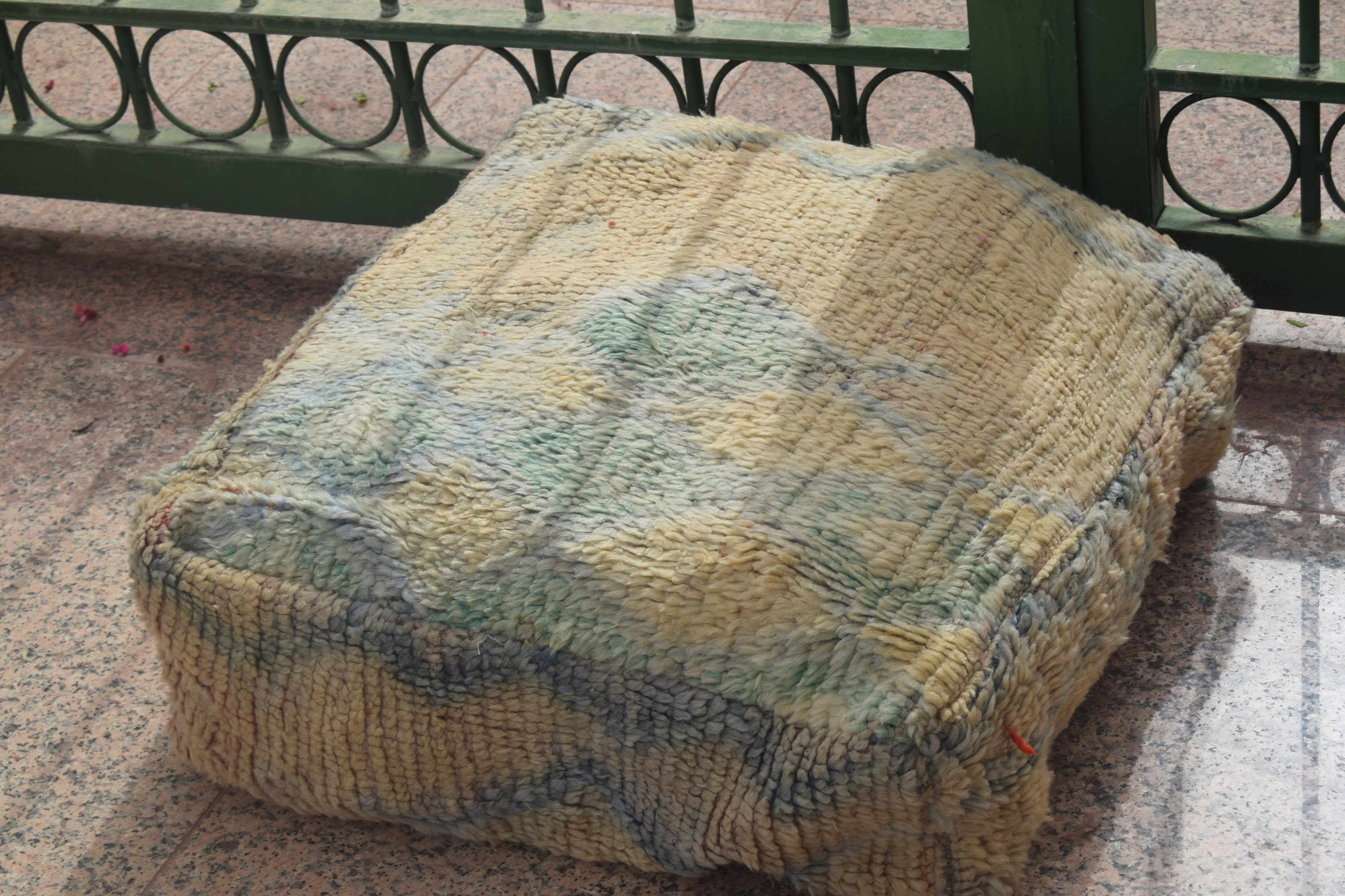 100% wool square design Moroccan pouf design furniture Floor