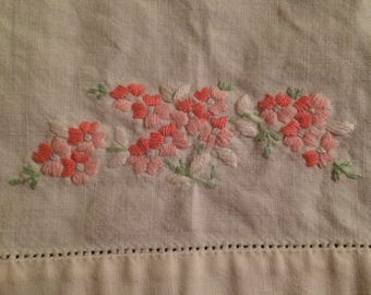 Kitchen Fingertip Towel - Embroidered Flowers 1970's