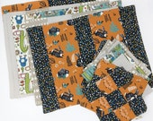 Organic cotton placemat & napkin set.  Patchwork placemats.