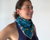 Organic cotton bandana with bikes