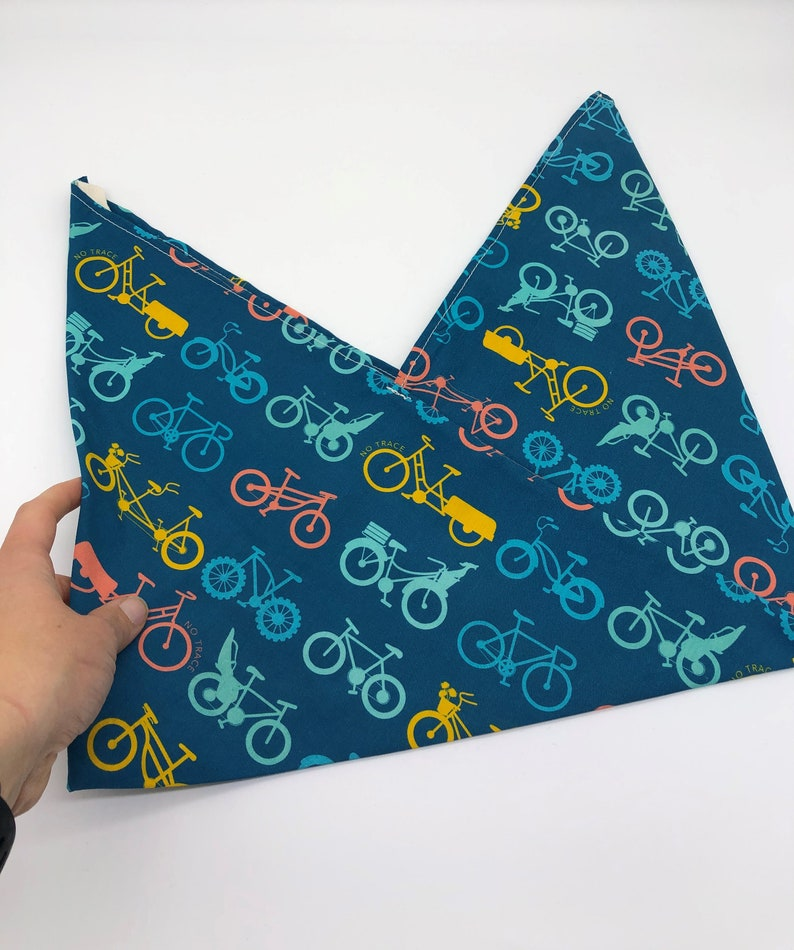 Organic bento bag with bikes. Certified organic cotton. Blue image 0
