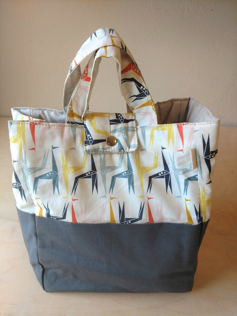 Washable organic lunch bag with handles. Pick your fabric. image 0