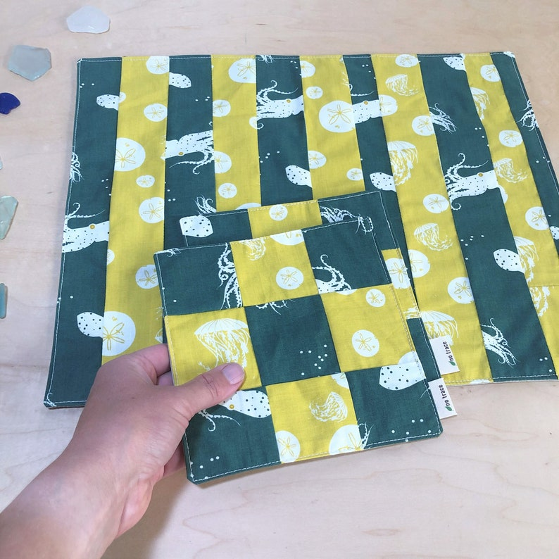 Organic cotton placemat & napkin set.  Patchwork placemats. image 0