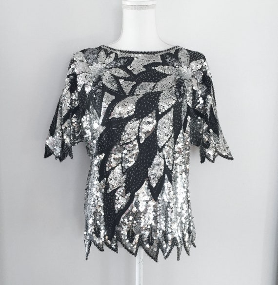 e1f9490199554 VIntage 80s Sequin Top with Jagged Edge Hem   Silver and Black