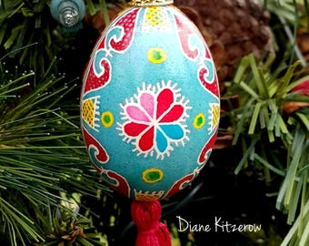 Ukrainian pysanka ornament, Easter egg ornament, decorative egg pysanky, Ukrainian egg, Easter gift, hearts pysanka egg, painted egg