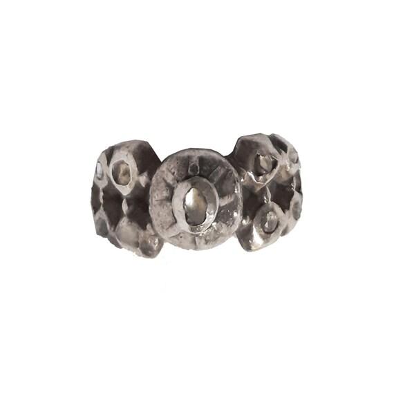 Antico anello in argento con diamanti grezzi - image 3