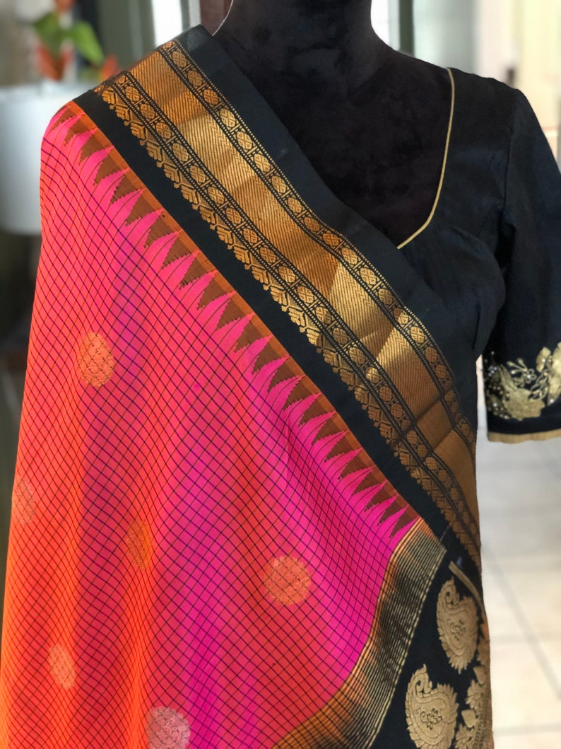 Pure Gadwal Handloom Silk Saree Pure Silk Saree RaniZaver Saree Gadwal Pure Silk Saree in Pink and Black Border