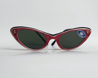 NOS, Vintage, 1960s French Cat-Eye Sunglasses