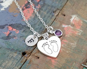 Baby Footprints Necklace, Personalized Mommy Necklace, Baby Feet Jewelry, Mom Gift, Mom Necklace, New Mommy Necklace, Birthstone Necklace