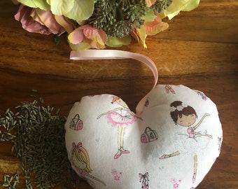 Ballerina lavender heart, love heart, hanging decoration, door hanger, girl's gift, gift for dancer