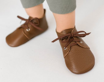 533f37810d633 Brown baby oxford shoes, leather baby moccasins, soft sole baby shoes, soft  baby booties, leather baby shoes, baby shower gift