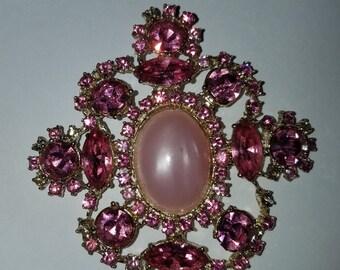 Beautiful Vintage Rose Pink Necklace Pendant