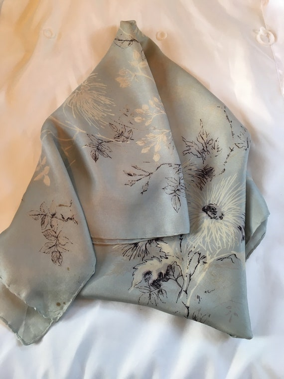 Delicate 1940s silk scarf in a floral design by J… - image 3