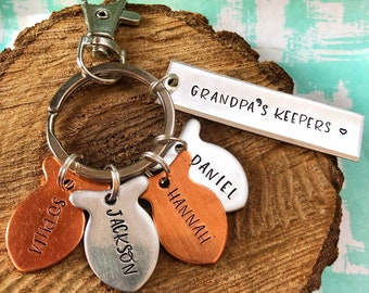 Handstamped Grandpa's Keepers Fishing Keychain, Kids Name Keychain, Daddy's Best Catch, Gift for Grandpa, Gift for Dad from Kids, Best Catch