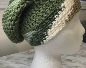 Cozy crocheté-Tuque - adulte ADO bonnet chapeau Toque, vert avec bande  multicolore 35266cfe3d0