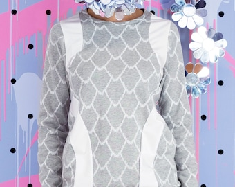 SALE! Scale Sweater, Pullover Top, 100% Cotton top, Unisex top, festival top, festival outfit, Graphic Sweatshirt, Scale print top, grey top