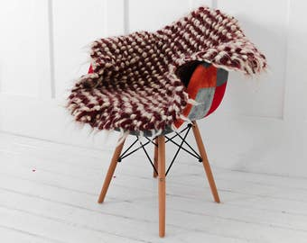 Red Wool Chair Pad, Stool Cover, Throw For Chair, Chair Cover, Hand Woven  Throw, Outdoor Cushions, Seat Pads, Round Cushion, Stool Cover