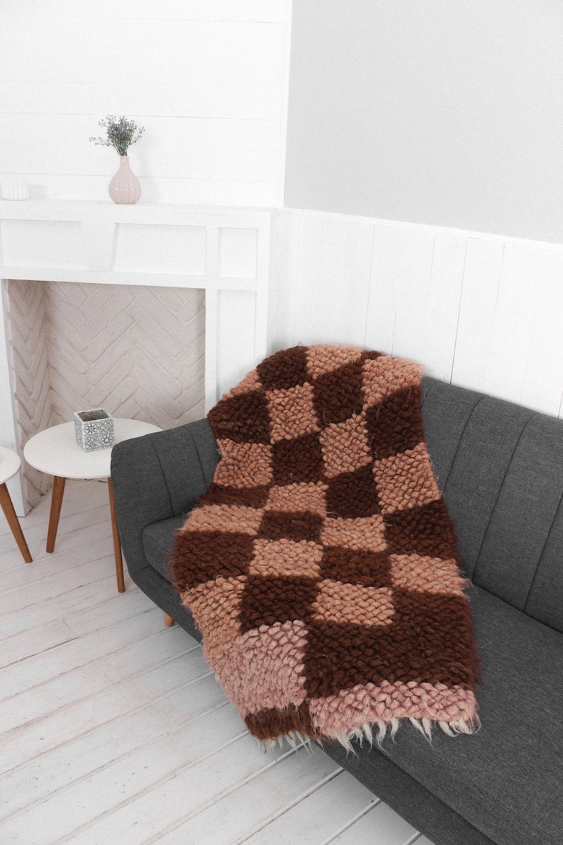 Small Sofa Throw Armchair Cover Soft Warm Couch and Chair Cover Living Room Decor Hand Woven Chair Cover Shag Throw Rug Home Decor