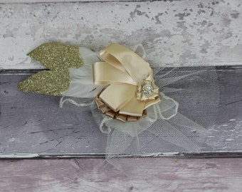 Fascinator - Ivory and Blush Fascinator with feathers - bridal hair piece, hair comb