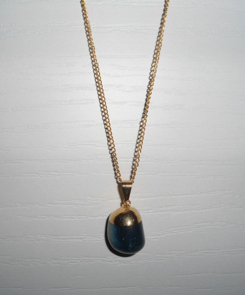 Pendant Necklace Modern Necklace Short Necklace Necklace with Stones Gold Necklace Gift Idea. Necklace with Blue Agate Pendant