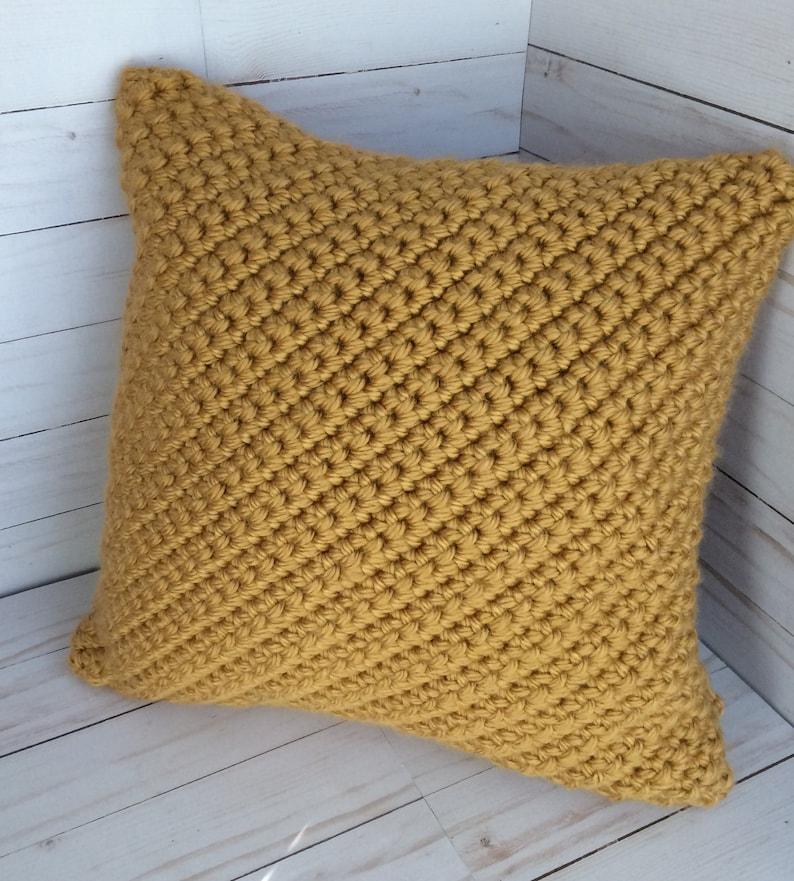 Las Vegas Gold Crochet Pillow Cover Farmhouse Decor Throw Etsy