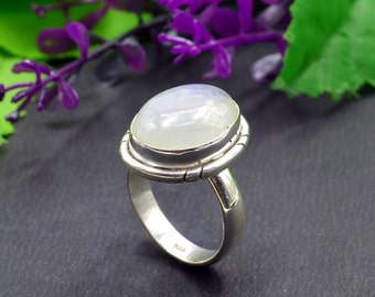 Natural Rainbow Moonstone Oval Gemstone Ring 925 Sterling Silver R350