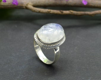 Natural Rainbow Moonstone Oval Gemstone Ring 925 Sterling Silver R358