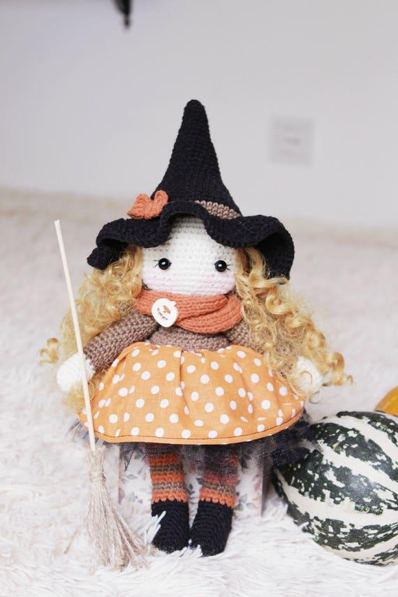 Halloween Witches: Crochet Pattern Roundup! | Puppe häkeln, Häkeln ... | 855x570