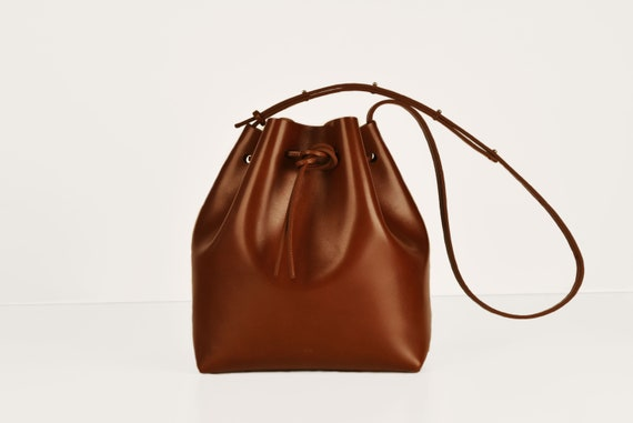 Classic Bucket Bag, Genuine Leather, Chestnut