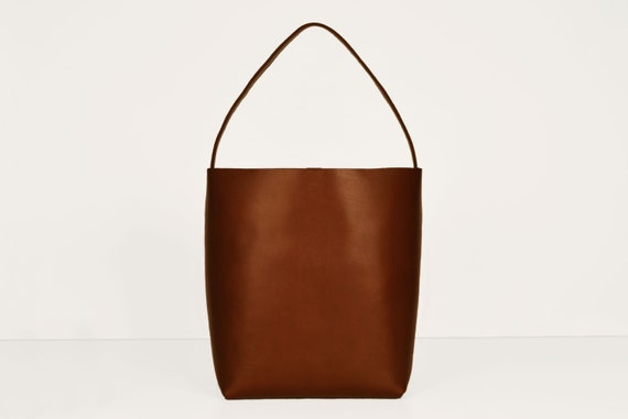 Square Bucket Bag in Chestnut, Genuine Leather