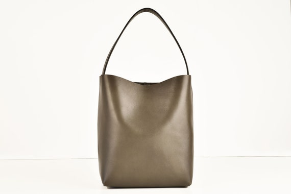 Square Bucket Bag in Elephant, Genuine Leather