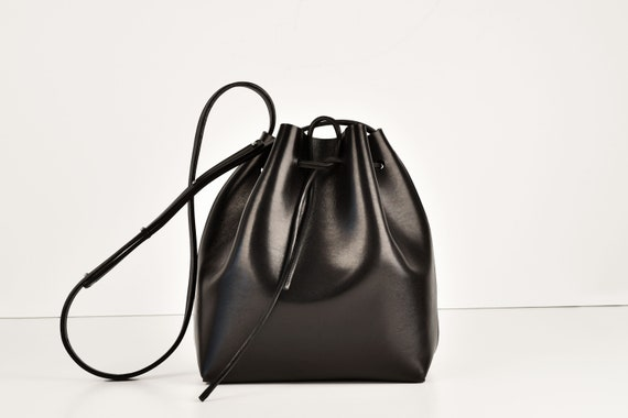 Classic Bucket Bag, Real Leather, Black