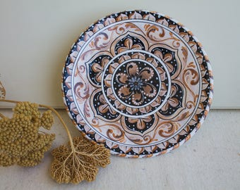 Hand painted ceramic plate, majolica decorated classic style for an elegant, refined or cheerful and creative home