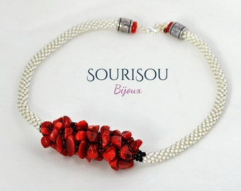 Kumihimo with coral red/white and red collar necklace.