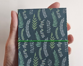 Mini Book of Stories concertina scrapbook album for photos herbarium recipes, handmade in Italy, 38 pages, white or black,  green forest