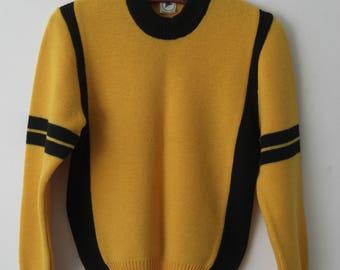 Vintage 70s 80s Unisex 100% Wool Fair Isle Knit Pullover Ski Sweater