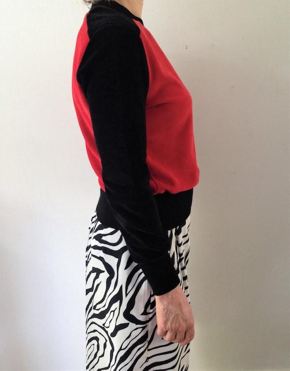 Vintage velour   velvet sweater // 70s black and … - image 3
