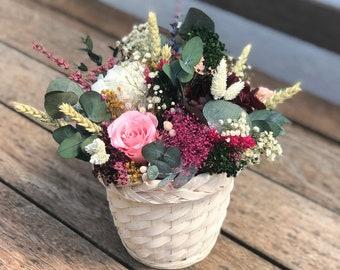 Preserved flower basket / centerpiece - Centro de mesa de flores preservadas